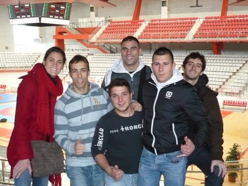 Equipo MMA Barcelona en el pabellón