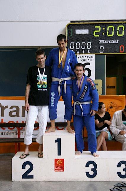 Roger Artiga en el podio